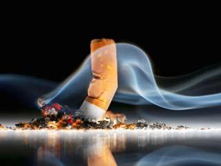 सिगरेट पीने से छोटा होता है दिमाग