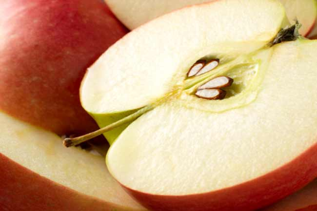 सेब खायें