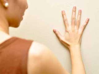 इन 7 कारणों से कांपता है शरीर