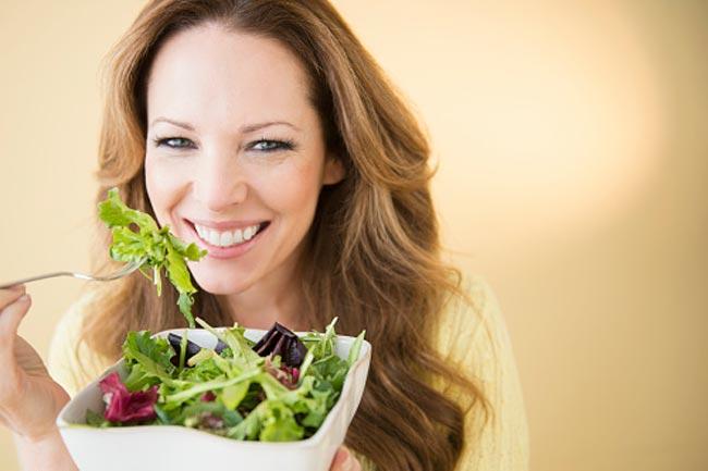संतुलित आहार लें