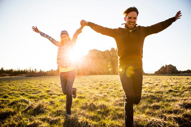 सूरज की रोशनी से करें प्यार