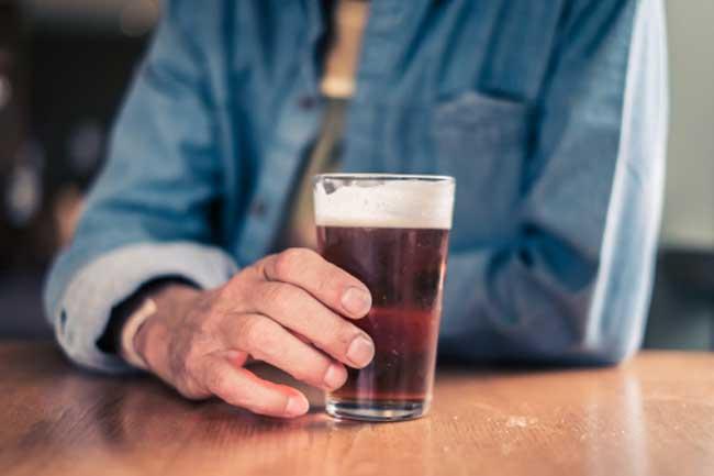 मदिरा का सेवन न करें