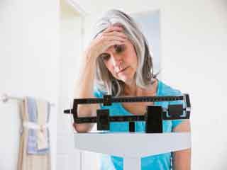 हर साल वजन कम करने में क्यों नाकाम होते हैं आप