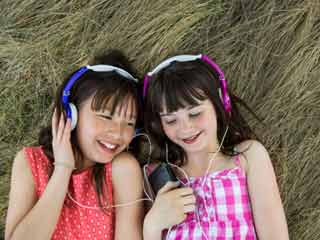 Songs can Reduce Pain in Kids after Surgery