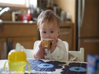 बच्चे का आहार कबसे शुरू किया जाए