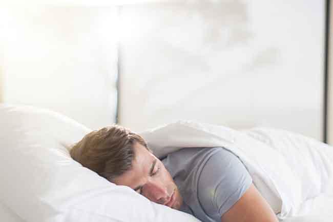 पर्याप्त नींद लें