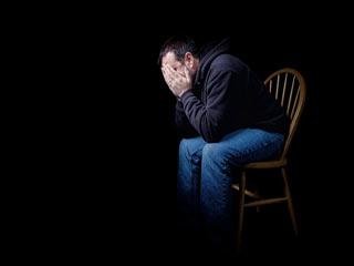 अकेले रहने वाले पुरुषों में अकाल मृत्यु का खतरा अधिक