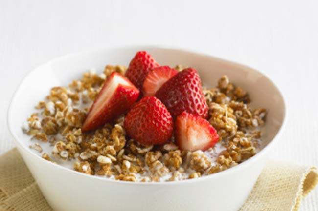 Whole-grain cereal with fruit