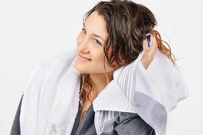 तौलिया से सुखाना छोड़ें