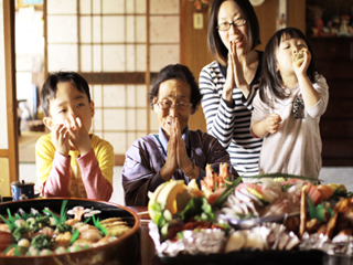 मोटे हुए बिना कैसे लम्बा जीवन जीते हैं जापानी