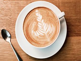 कॉफी पीने से ब्लड प्रेशर होता है कंट्रोल