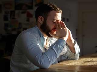 डिप्रेशन से सिकुड़ सकता है आपका दिमाग