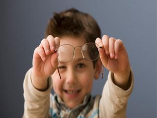जानें कैसे की जाती है आंखों की सही देखभाल