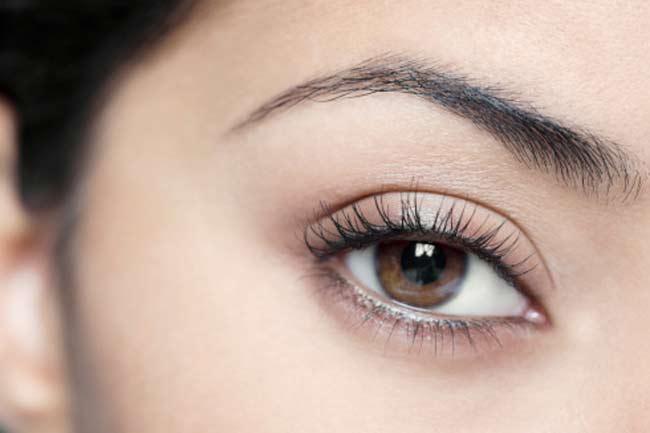 Eye lash thickener