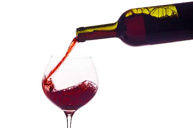 रक्त के लिए है रेड वाइन