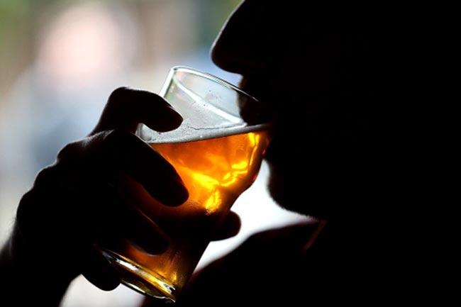 अल्कोहल और सॉफ्ट ड्रिंक