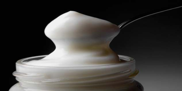 Mayonnaise for treating lice