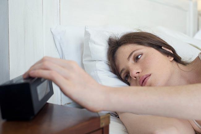 नींद पूरी न करना