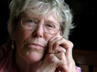 Rheumatoid arthritis: How women are more at risk