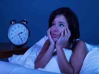 देर रात में ये 8 चीजें नहीं करनी चाहिए