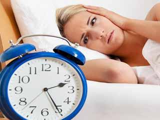 अगर आप नहीं लेते हैं पूरी नींद, तो हो जाएं सावधान
