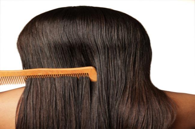 बालों को सुलझाएं