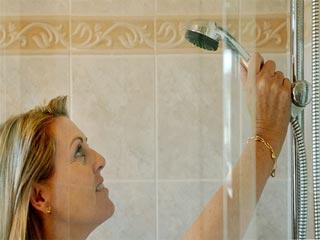 रात में स्नान इन 7 तरीकों से नींद को बनाता है बेहतर