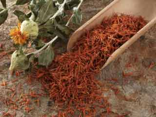 Benefits of using safflower oil in cooking