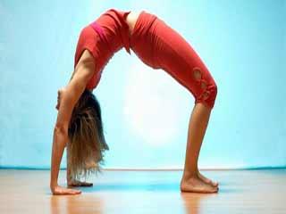 योगा दिलाये कमर दर्द से मुक्ति