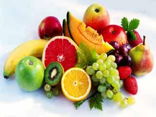 फल जो हैं स्वास्थ्यवर्द्धक