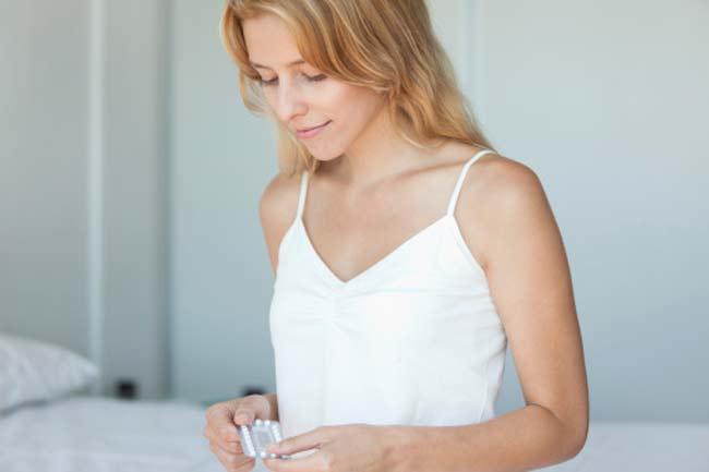 मिथक - गर्भनिरोधक गोलियां पूरी तरह सुरक्षित नहीं हैं