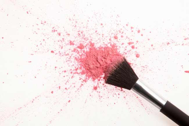 Coral or pink blush
