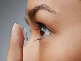 Avoid these 5 common contact lens mistakes to maintain healthy eyes
