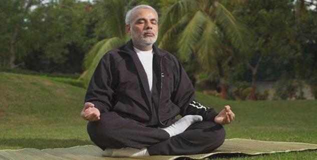 Yoga in Hindi