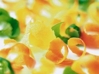 स्वास्थ्यवर्द्धक गुणों से भरपूर हैं ये 7 फलों के छिलके