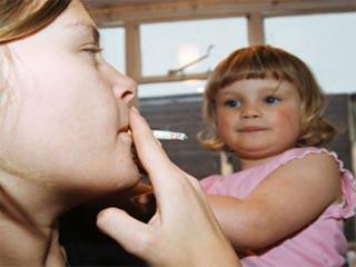 पेसिव स्मोकिंग से बच्चों में मोटापे का खतरा