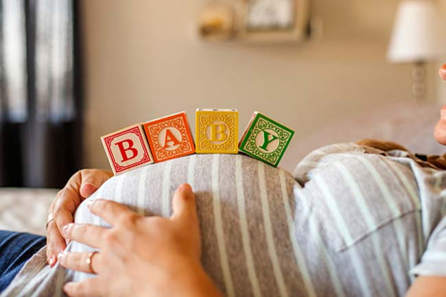 Reduces risk for pregnancy complications