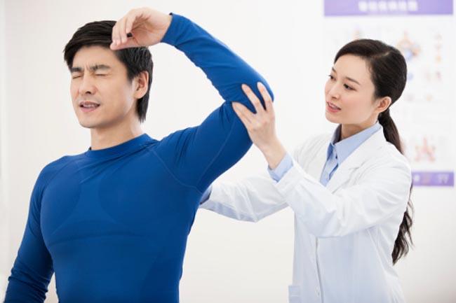 वैकल्पिक चिकित्सा पर विचार न करना