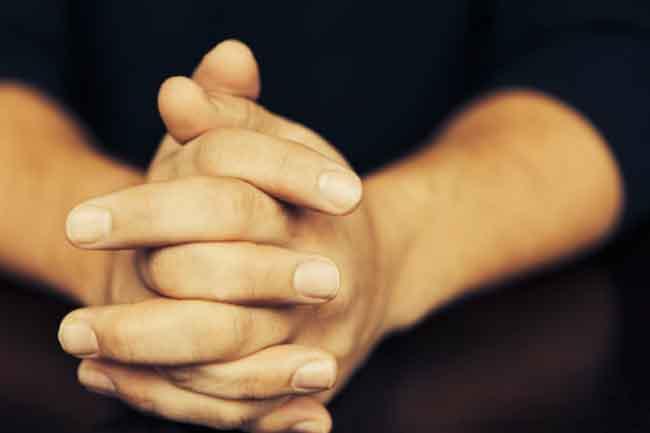 हाथों और नाखूनों की देखभाल