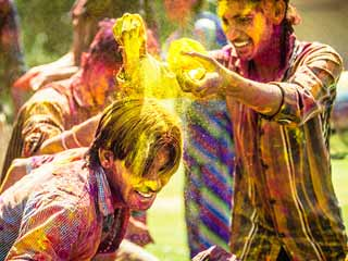 Hair Care Tips Before and After Holi