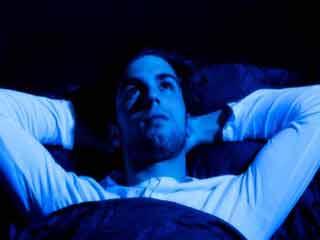 8 कारणों से जानें क्यों जरूरत से ज्यादा सोचना है नुकसानदेह