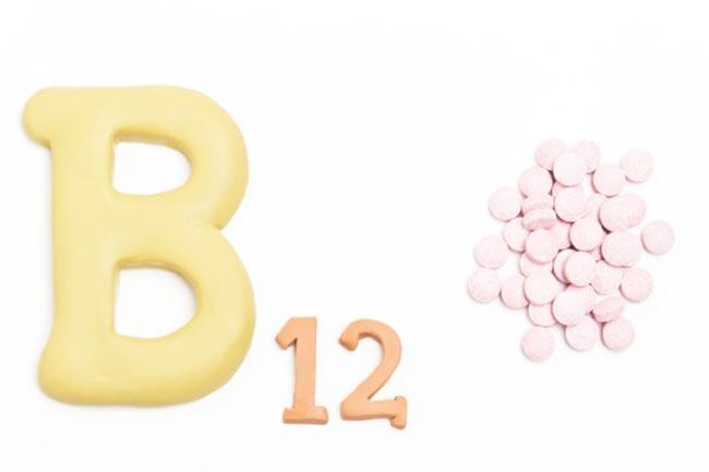 विटामिन बी12