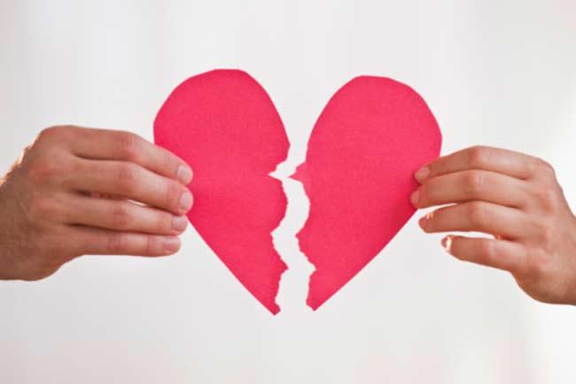 संबंधों में दरार के कारण