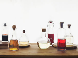 9 Ways to Use Vinegar for Your Hair and Skin