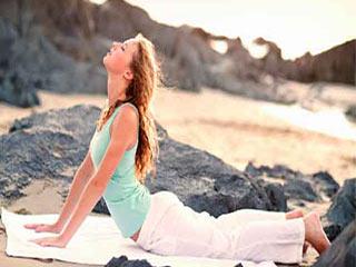 हाथों को टोंड करने में मददगार 5 योगासन