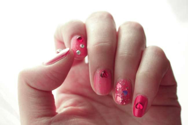 Doing Nail Arts