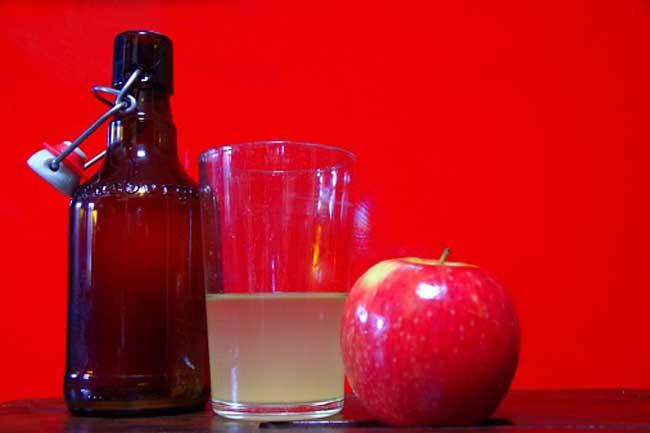 सेब का जूस