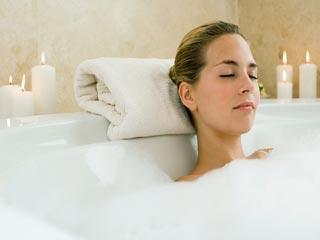 इन 7 आसान तरीकों से घर पर करें स्पा