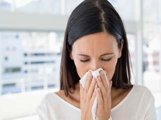Treat runny nose with turmeric and salt water, the easy remedies