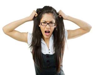 बालों को ह्यूमीडिटी से बचाने के 7 खास टिप्स